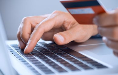 Τι αλλάζει στις αγορές στο internet με κάρτα (e-commerce)